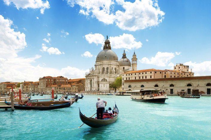 Utazz velünk a Velence Maratonra!