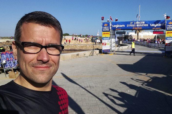 Napfény, tenger, pálmafák - Cyprus Marathon